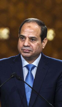 القوات المصرية فرضت إجراءات مشددة على قناة السويس (أ ف ب)