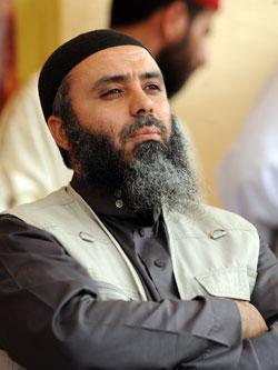 كان أبو عياض معتقلاً في تونس، لكنّه نال عفواً بعد سقوط الرئيس الأسبق (أ ف ب)