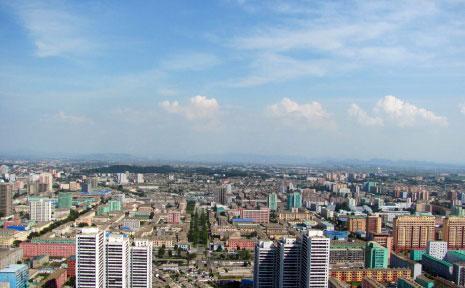 مشهد للمدينة من برج زوتشي (الأخبار)