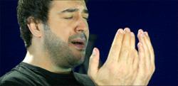 رضا العبد الله في مشهد من الكليب