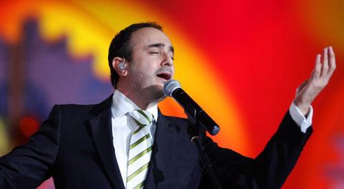 صابر الرباعي يغني في مهرجان الدوحة  (وائل اللادقي)