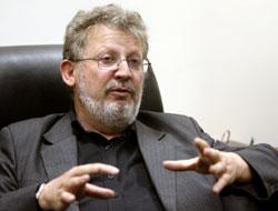 سيفرت: الصحافة خاضعة لـ «استبداد الحاضر» (وائل اللادقي)