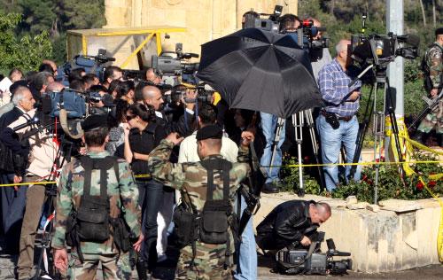 صحافيون أمس في قلب الحدث (مروان طحطح)
