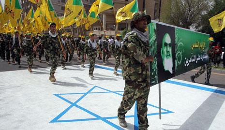 تتواجد «كتائب حزب الله» مع متطوعي «سرايا الدفاع الشعبي» في أغلب المناطق التي تشهد معارك (أرشيف)