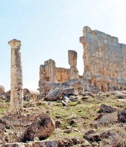 المعبد الروماني الذي يتنافس عليه المنقبون
