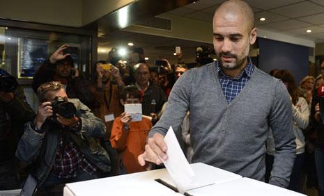 أدلى مدرب فريق بايرن ميونيخ جوسيب غوارديولا بصوته في الاستفتاء(أ ف ب)