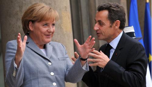 ساركوزي وميركل وطموحات مواجهة الأزمة المالية (إيريك فيفيبرغ ــ أ ف ب)
