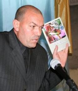 الروائي الجزائري كمال قرور