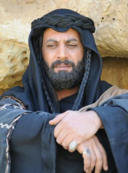 ياسر المصري في مشهد  من «بيارق العربا»