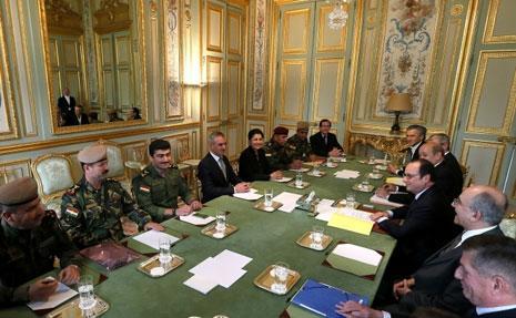 الرئيس الفرنسي يعقد اجتماعاً مع الوفد (موقع الرئاسة الفرنسية)