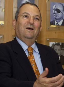 وزير الدفاع الاسرائيلي إيهود باراك (أ ف ب)
