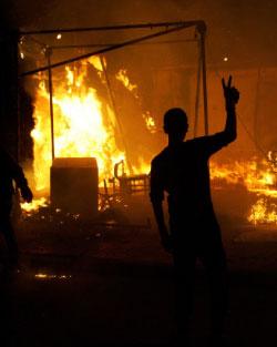 نسي ثوار ليبيا احتلال الناتو لبلدهم وأصبح همهم تعدد الزوجات (أ ف ب)