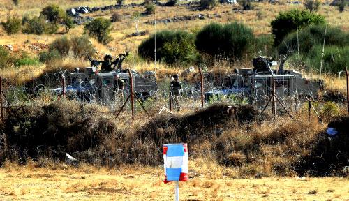 جنود إسرائيليون في مزارع شبعا المحتلة في تشرين الأول الماضي (أ ف ب)