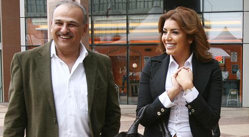 أمل بوشوشة وجمال سليمان خلال المؤتمر أمس (مروان بو حيدر)