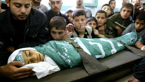 جثمان الشهيد الطفل عبد سلمان