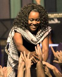 من حفلة فرقة «بوني أم» في «مهرجان فلسطين»