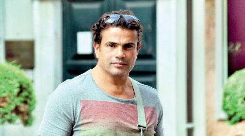 شهرة عمرو دياب تعيده إلى التلفزيون