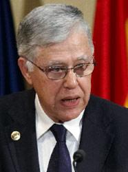 وزير الخارجية المغربي عباس الفاسي في غرناطة (بول وايت ــ أ ب)