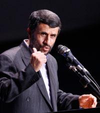 أحمدي نجاد: شعبويّ يواجه شعبويّة النخَب (أرشيف ــ أ ب)