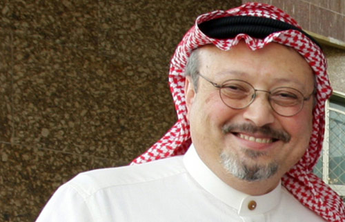 رئيس تحرير صحيفة «الوطن» السعودية جمال خاشقجي الذي قدّم استقالته الأحد الفائت (أ ف ب)