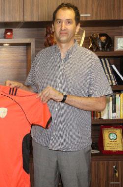 يسعى مدرب الميادين المونتينغري فاسكو فويوفيتش الى إحراز اللقب مع فريقه (أرشيف)