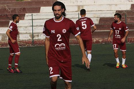 يقدّم التونسي النويوي أداءً هجومياً جيداً