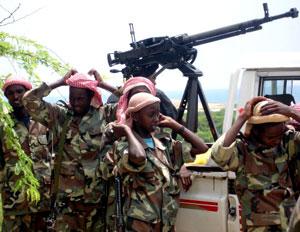 عناصر من قوات المحاكم الصومالية (رويترز - ارشيف)
