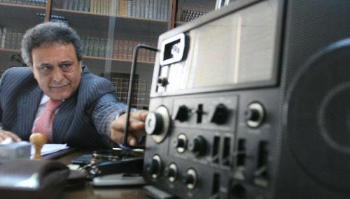 محمد إبراهيم في مكتبه (بلال جاويش)