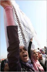من اعتصام فلسطيني للمطالبة بإعادة إعمار مخيّم نهر البارد (أرشيف ــ بلال جاويش)