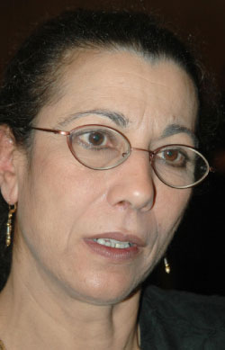 المرشحة لويزا حنون (أ ف ب)