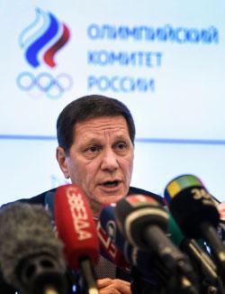يوكوف خلال مؤتمره الصحافي (أ ف ب)