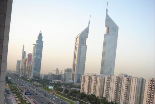 دبي لا شيء فيها يشبه «الحدائق»