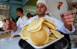 رمضان في رام الله (محمد تركمان ـ رويترز)