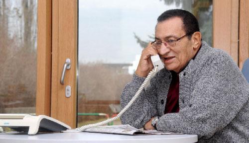 مبارك في ظهور جديد من ألمانيا أمس (أ ف ب)