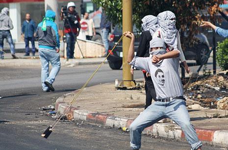 للمصورة الفلسطينية رشا حرزالله