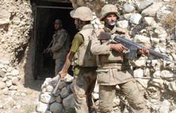جنود باكستانيون في وزيرستان الحدودية (نافيد سلطان ــ أ ب)