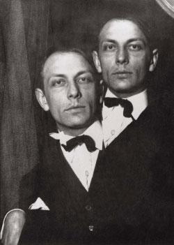 هنري ميشو بعدسة كلود كاهون ــ 1925