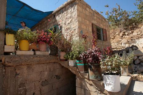 منزل قروي في بلدة سير الضنية (مروان طحطح)