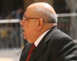 (مواليد 1943 ـ وزير سياحة سابق، ونائب منذ عام 1992)