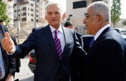 رئيس البرلمان الأوروبي جيري بوزيك وفياض في رام الله الأسبوع الماضي (محمد تركمان ــ رويترز)