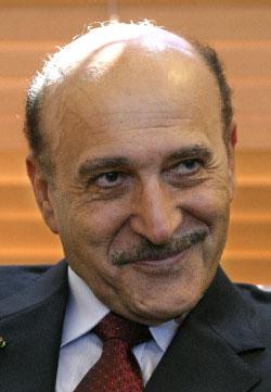 عمر سليمان (ايتان ابراموفيتش - أ ف ب)