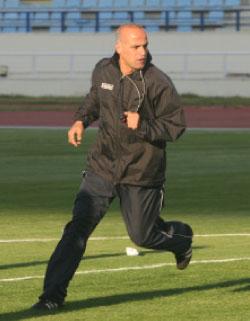 محمود حمود (أرشيف)