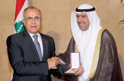 الرئيس سليمان يكرّم الشيخ الفهد بوسام الارز الوطني من رتبة ضابط (عدنان الحاج علي)