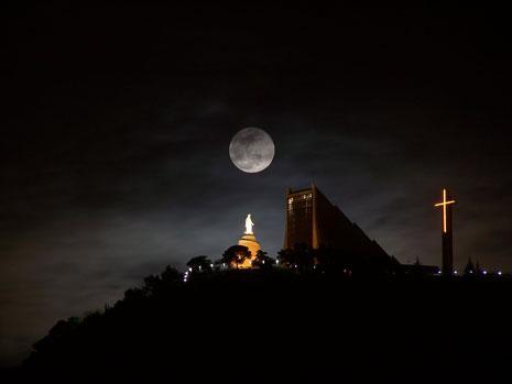 يبرز عند الطوائف المسيحية بشكل خاص مزار سيدة لبنان في حريصا