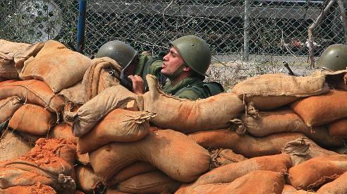 عناصر من الجيش اللبناني في منطقة بشارة الخوري (بلال جاويش)