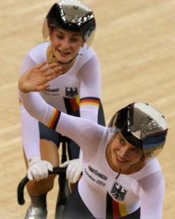 ذهبية سباق السرعة في الدراجات لألمانيا (رويترز)
