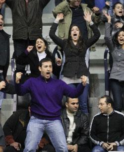 رئيس نادي أول سبورتس وليد هلال محتفلاً على المدرج (عدنان الحاج علي)