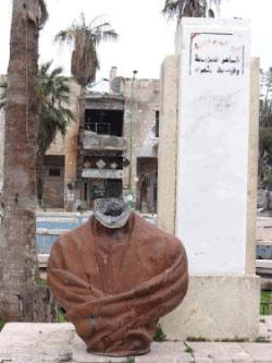 صورة التمثال التي نشرت أمس
