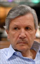 رئيس لجنة الادارة والعدل النيابية روبير غانم (أرشيف)