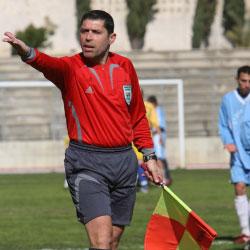 قليط خلال مشاركته في قيادة إحدى المباريات الموسم الماضي (محمد علي)